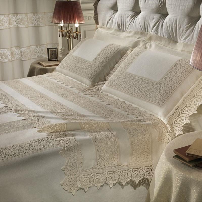Lenzuola matrimoniali in lino e merletto benedetto di for Biancheria per letto matrimoniale